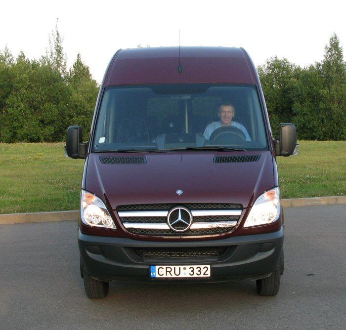 Minibus rent minibus hire bus rentals minibus rent for Mercedes benz minibus rental